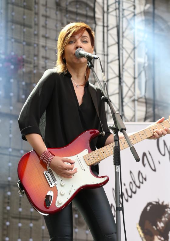 Gabriela V.G.